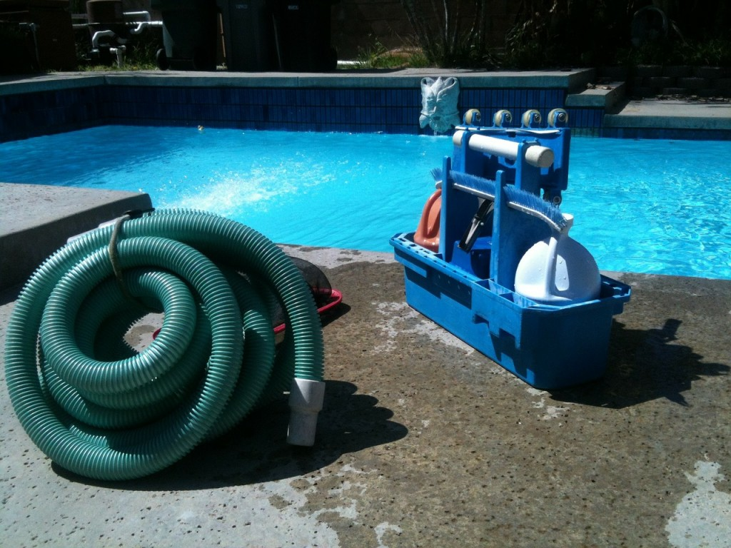 How to maintain a pool for beginners